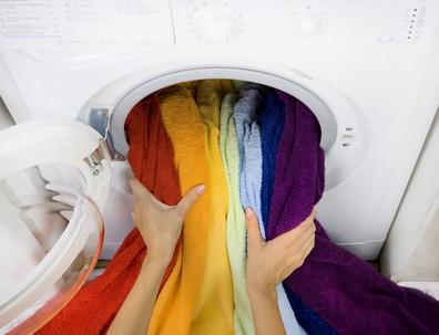 was kann man tun damit die waschmaschine m glichst lange funktioniert waschmaschinen. Black Bedroom Furniture Sets. Home Design Ideas