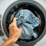 Jeans waschen oder einfrieren? So behandeln Sie Ihr Lieblingsstück richtig