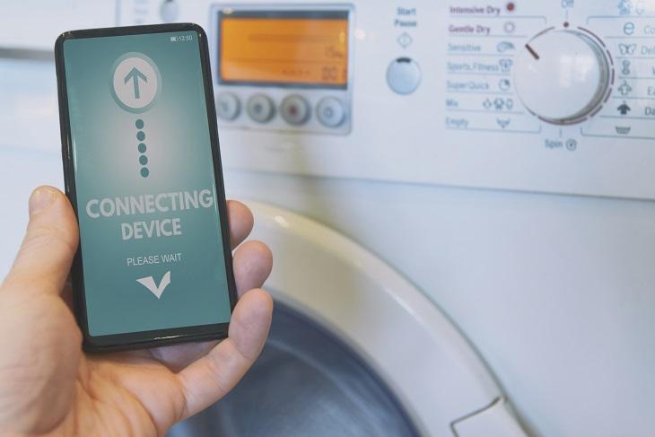 Smart Waschmaschine mit Smartphone