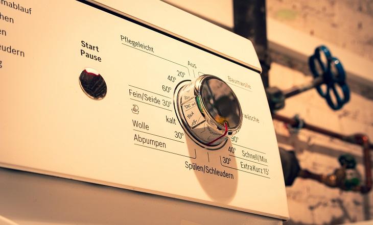 Waschmaschine mit Warmwasseranschluss